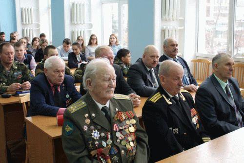 Сколько платят за героя россии в месяц